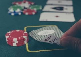 Types-of-poker-you-can-play-in-an-online-casino